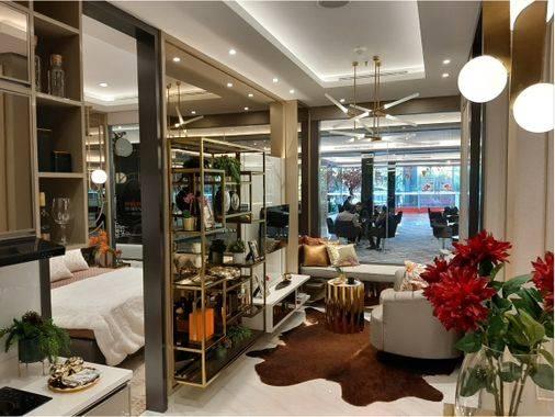 1 BR living room